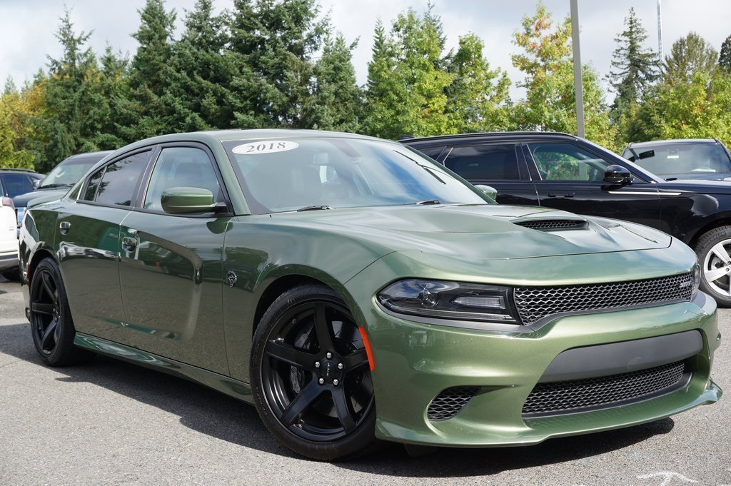 Dodge Charger Srt >> Pre Owned 2018 Dodge Charger Srt Hellcat Rwd 4d Sedan