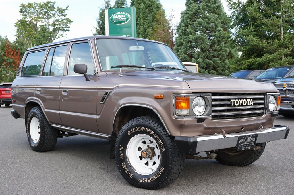 Toyota Land Rover >> Pre Owned 1985 Toyota Land Cruiser 4wd