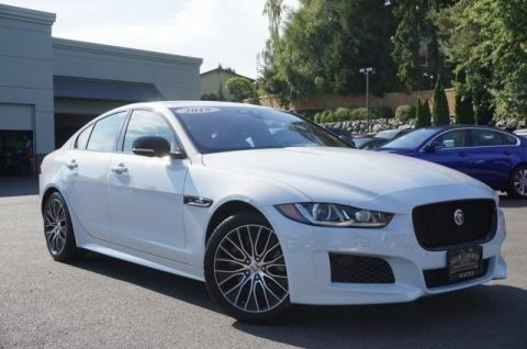 Pre-Owned 2019 Jaguar XE 25t Landmark Edition